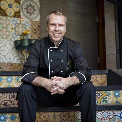 Rád pracuji s chutěmi, říká kuchař Roman Hadrbolec, který v USA vařil celebritám