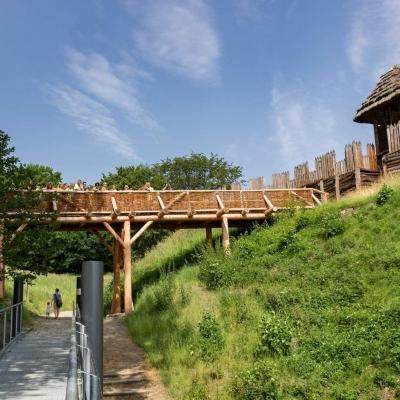 Archeopark w Kocobędzu Podoborze: Prehistoria i wczesne średniowiecze jak na dłoni