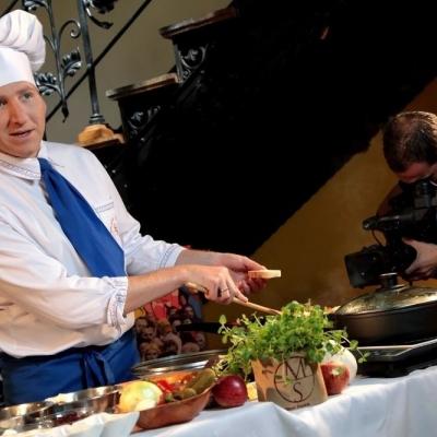 Koronavirus byl silnější. Slezský kuchař Remigiusz Raczka zavřel oblíbenou restauraci